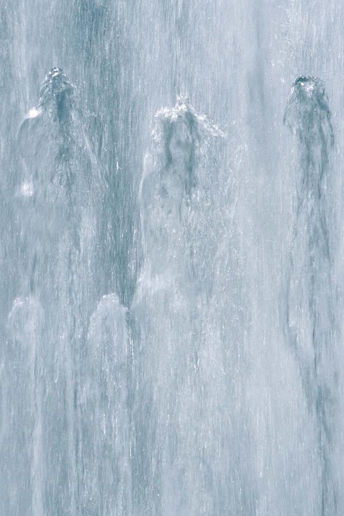 Dancing Water